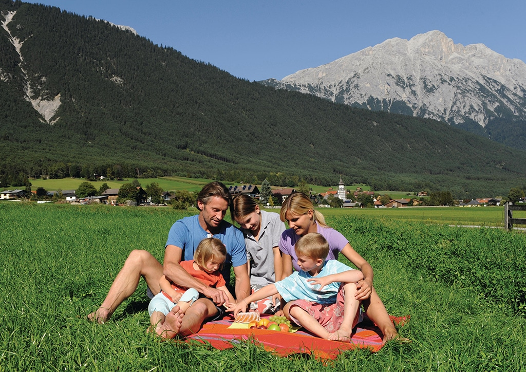 Sonnenplateau Camping Gerhardhof GmbH - Sport und Freizeit - Am Hof - Picknickplätze - Startbild